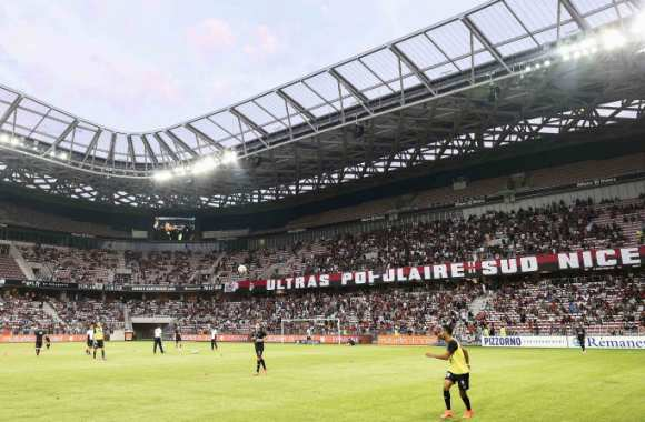 Tribune Populaire Sud de l'Allianz Riviera