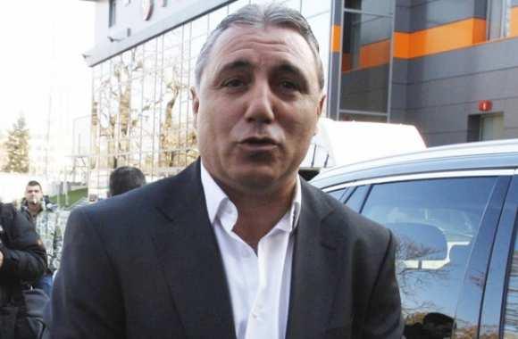 Twitter : Stoitchkov chambre le Real Madrid