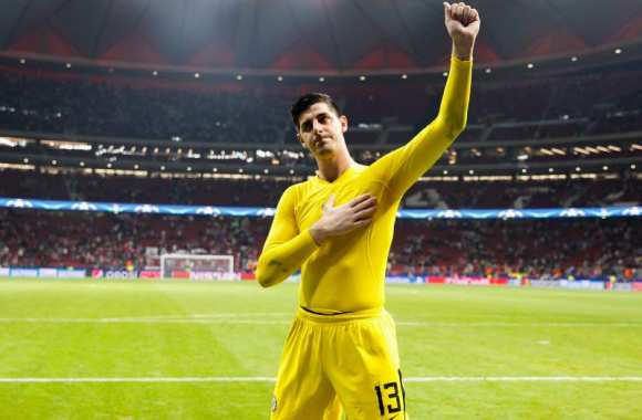 Courtois lance un message à Pérez — Real