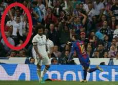 Un supporter du Real exulte sur le but de Messi