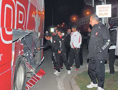Un train cartonne le bus de Samsunspor