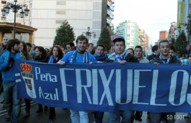 Une manifestation des supporters du Real Oviedo