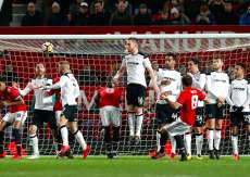 United se sort du traquenard Derby County