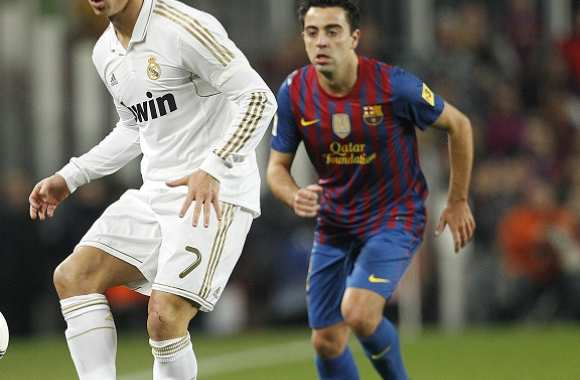 Xavi tacle le Real