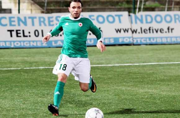 Youcef Touati sous le maillot du Red Star